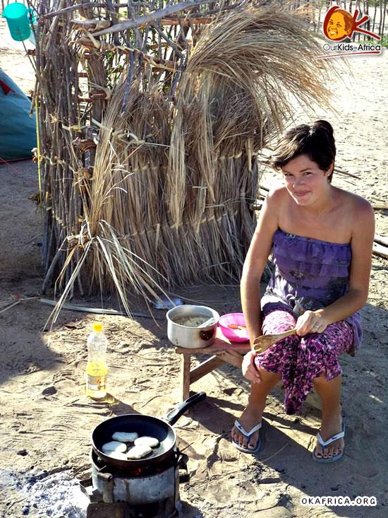 Вика готовит